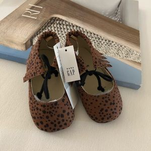 Baby Gap Leopard Moccasins 12-18 OR 18-24 M Shoes